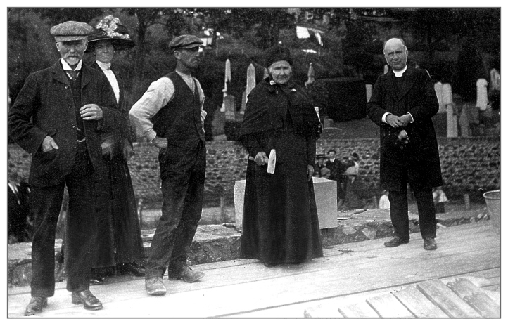 Mrs H Onslow laying the foundation stone for the small hall